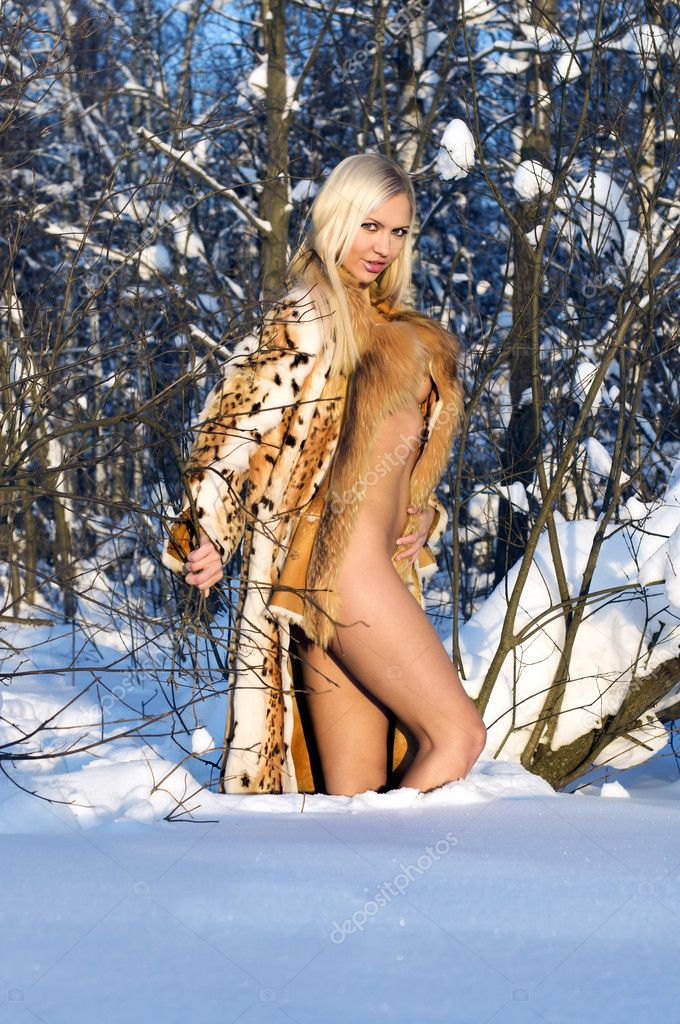 sex skien naken i skogen